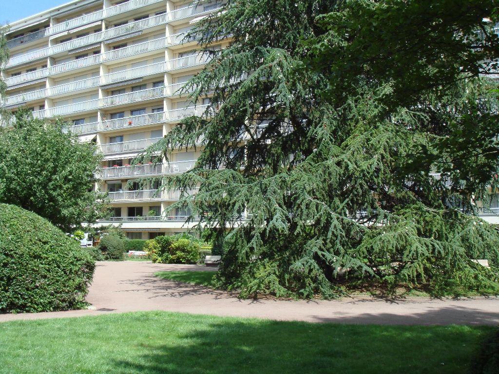 Annonce location appartement reims 51100 58 m 671 for Location garage dreux