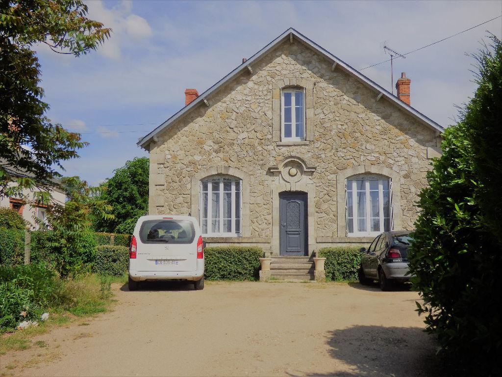 Annonce  Location Maison NeuvilleauxBois (45170) 113 m² (800  ~ Location Appartement Neuville Aux Bois