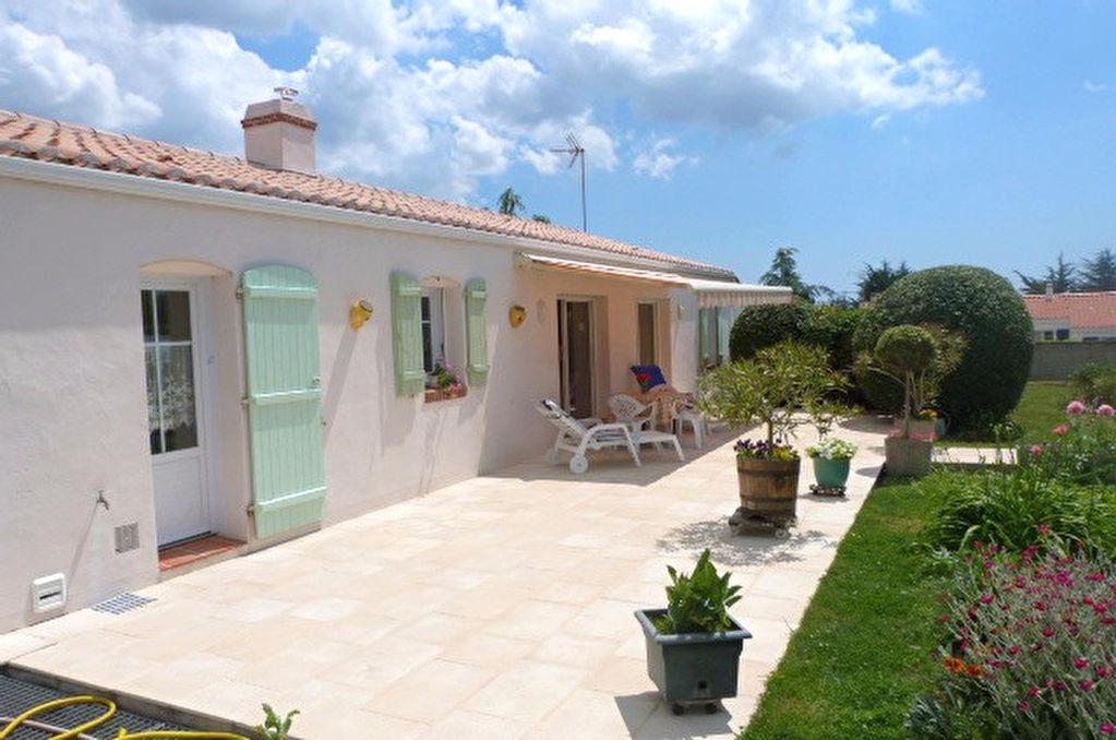 Annonce vente maison beauvoir sur mer 85230 111 m for Piscine beauvoir sur mer