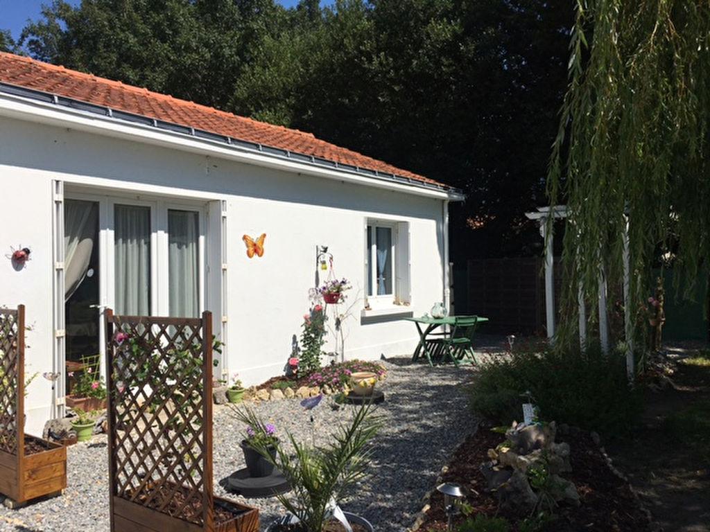 Annonce location maison beauvoir sur mer 85230 58 m for Annonce location maison