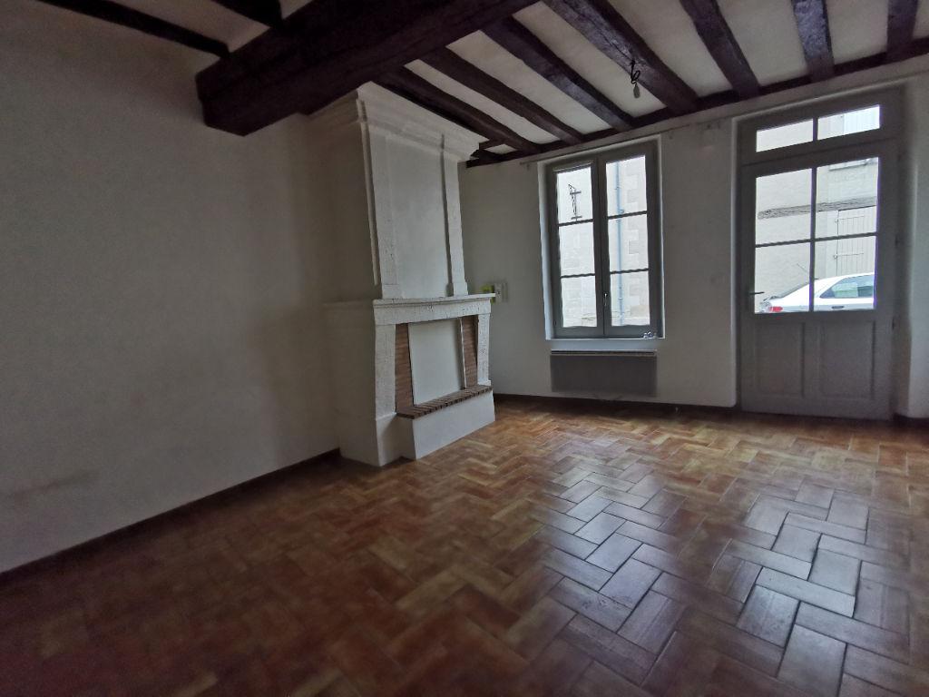 Appartement 3 pièces 82 m2 Le Puy-Notre-Dame