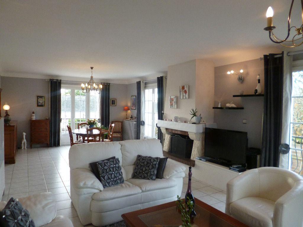 v randa en kit occasion. Black Bedroom Furniture Sets. Home Design Ideas