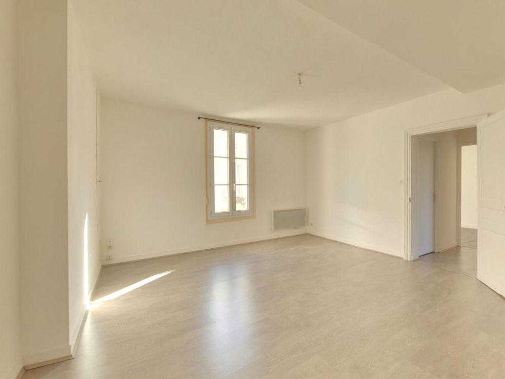 Appartement 3 pièces 46 m2 Doué-la-Fontaine