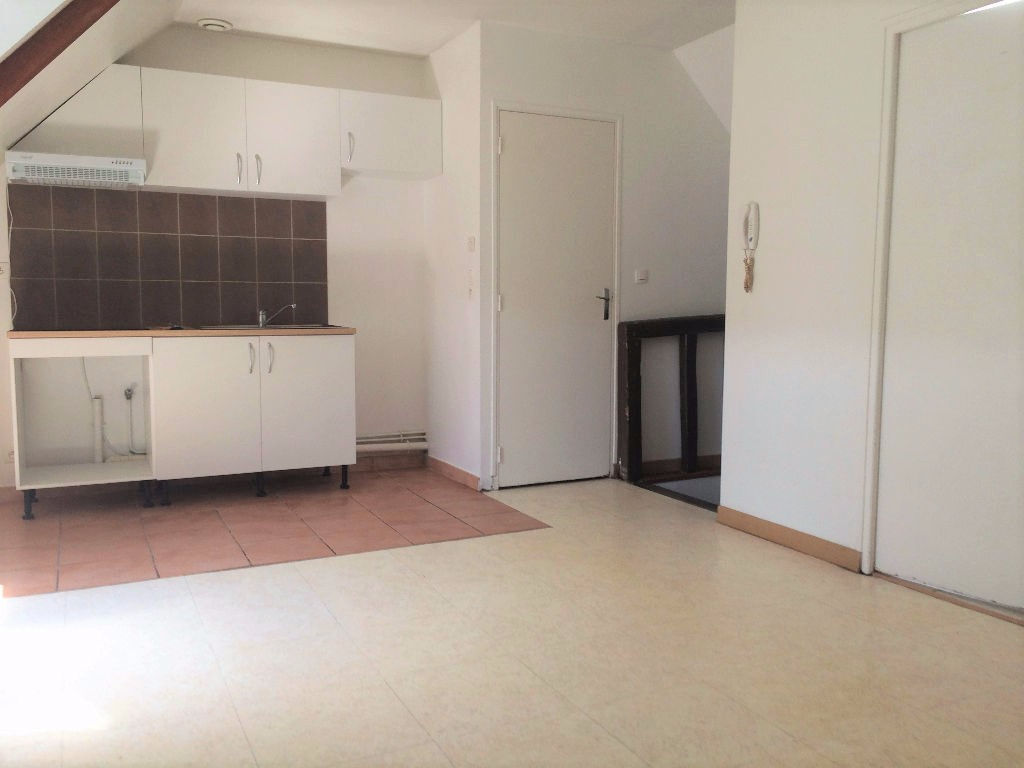 Annonce location appartement tr chy 91580 38 m 595 for Annonce location appartement