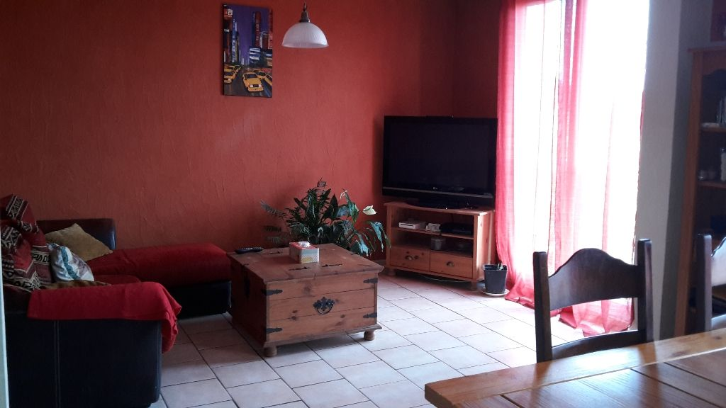 Appartements vendre sur salon de provence 13300 2 for 13300 salon de provence